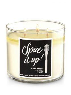 Bath and Body Works 3-Wicks Candle Spice It Up Cinnamon Pretzel Twist