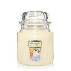 Yankee Candle Medium Jar Candle, Juicy Citrus & Sea Salt