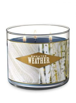 Bath & Body Works  3-Wick Scented Candle in Sweater Weather