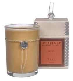 Votivo Aromatic Candle Teak