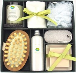 Earth & Sea Spa Essentials Bath Set-Soy Wax Candle, Cotton Bath Cloth, Exfoliating Sponge, P ...