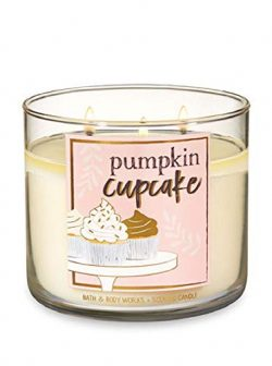Bath & Body Works 3-Wick Scented Candle in Pumpkin Cupcake