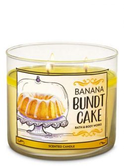 BATH & BODY WORK Banana Bundt Cake 3-Wick Candle