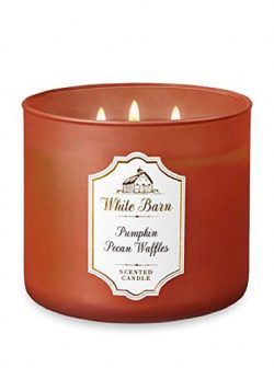 White Barn Scented 3-Wick Candle in Pumpkin Pecan Waffles