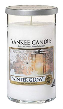 Yankee Candles Winter Glow Medium Single-Wick Tumbler Candle Festive Scent