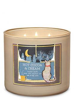 White Barn Bath and Body Works 2019 Holiday Limited Edition 3-Wick Candle (Hot Cocoa and Cream)